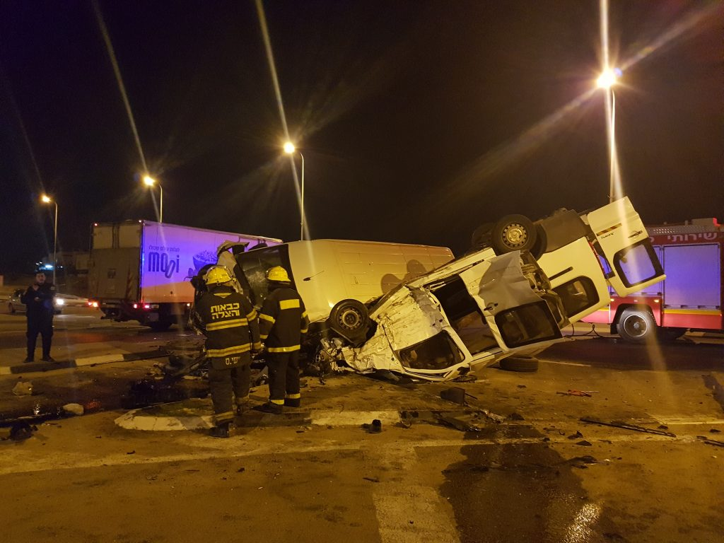 תאונת דרכים בצומת איבים כביש 232 | צילום: מאור מורביה